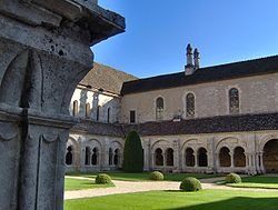 250px-Cloister,_Fontenay_Abbey,_Marmagne,_France.JPG