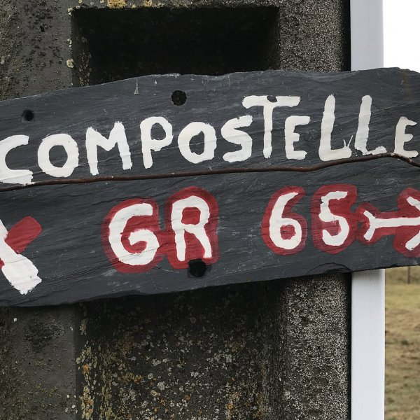 Chemin Le Puy Signage.jpg