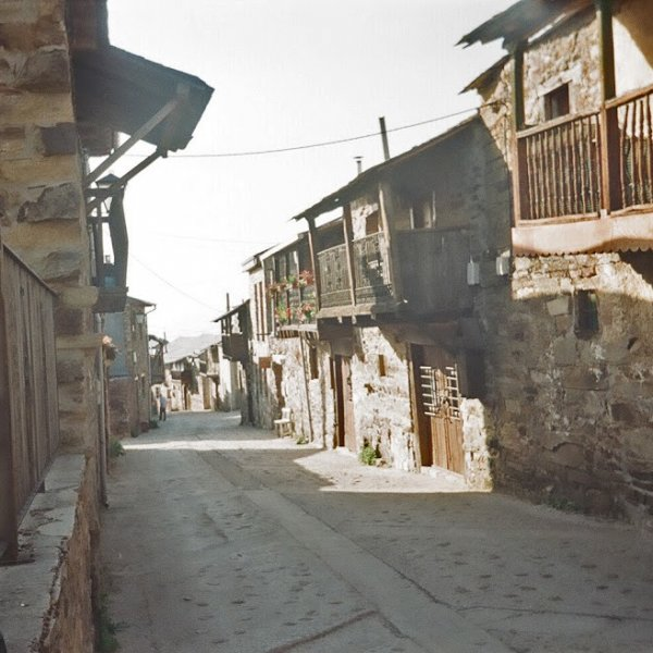 Main street of El Acebo