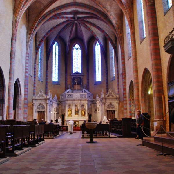 Vespers, Inside the Abbey church of Sint-Pierre, Moissac