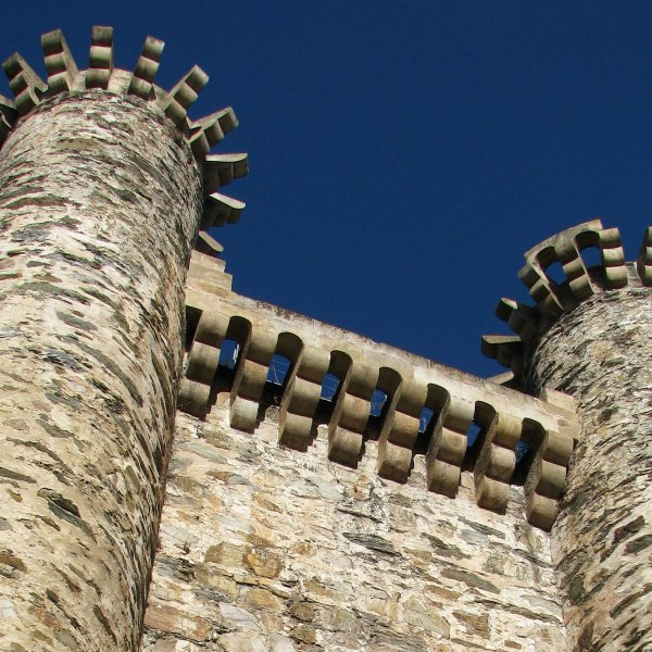 The walls - Ponferrada - Castillo Templario