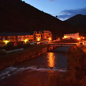 Villafranca del Bierzo - the Rio Burbia at night