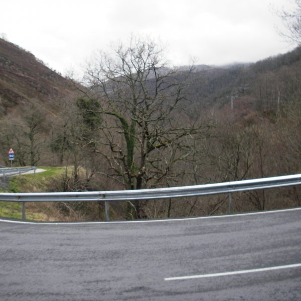 Paved road to Roncesvalles, after Valcarlos