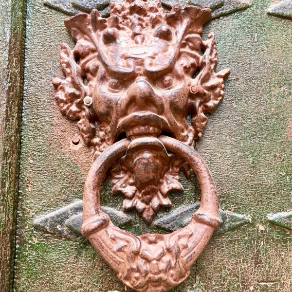 Cirauqui Door Knocker