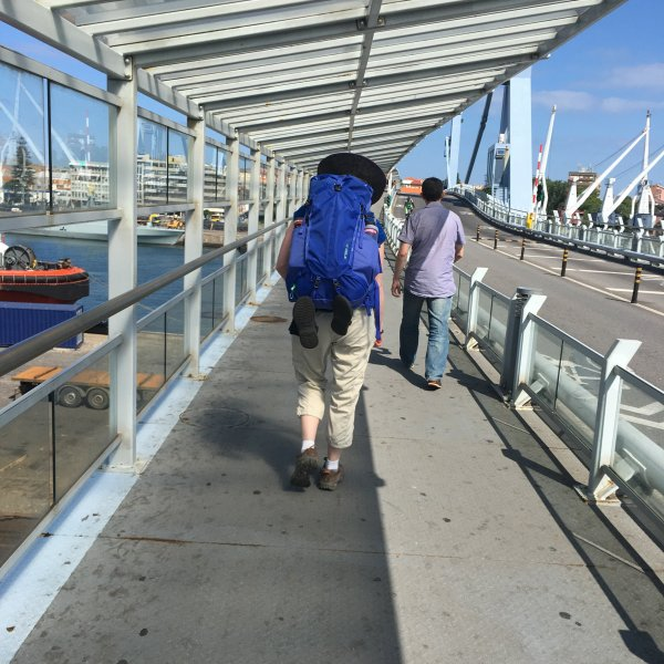 Crossing the bridge in Matosinhos