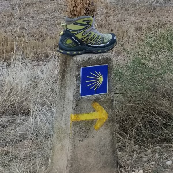 Marker along the meseta