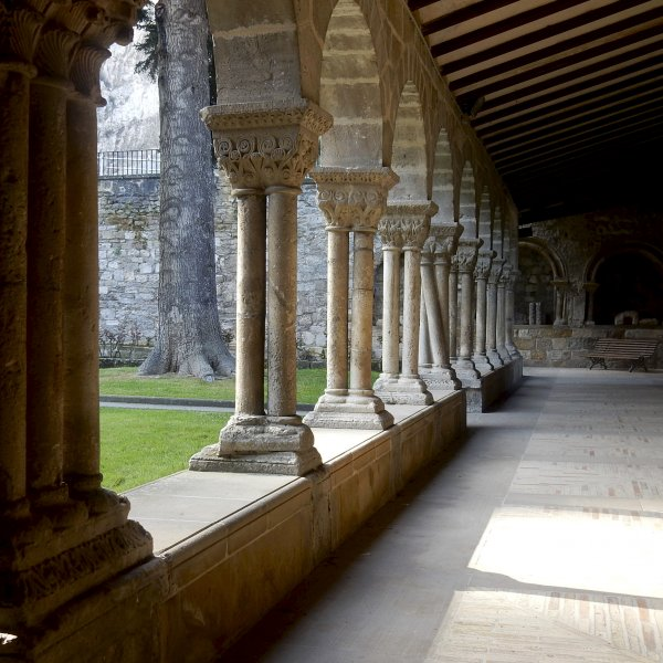 The cloister at SanPedro Church in Estella